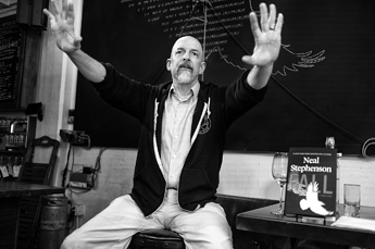 1280px-Neal_Stephenson_in_2019